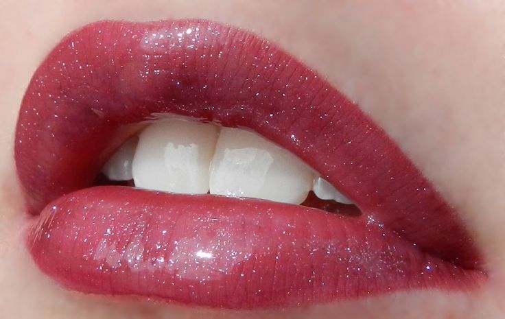 Lipsense Napa, Raisin, Roseberry topped with Silver Glitter Gloss