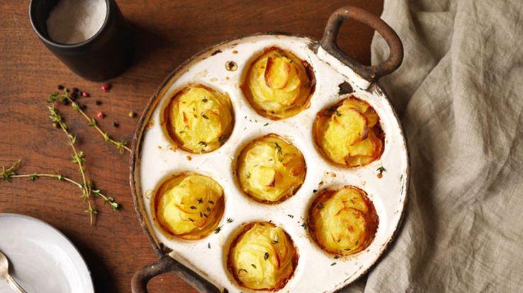 Ich liiiiiiebe Kartoffeln! In allen Varianten. Geht's euch auch so? Dann solltet ihr unbedingt diese köstlichen Kartoffel-Muffins probieren.