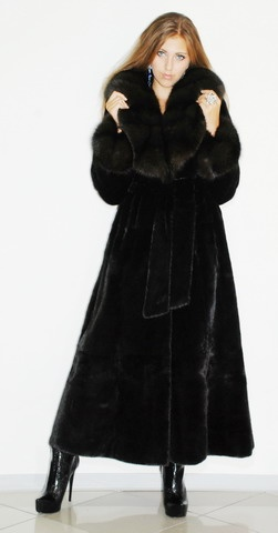 1000  images about Winter Fashion &amp Cost &amp Fur on Pinterest