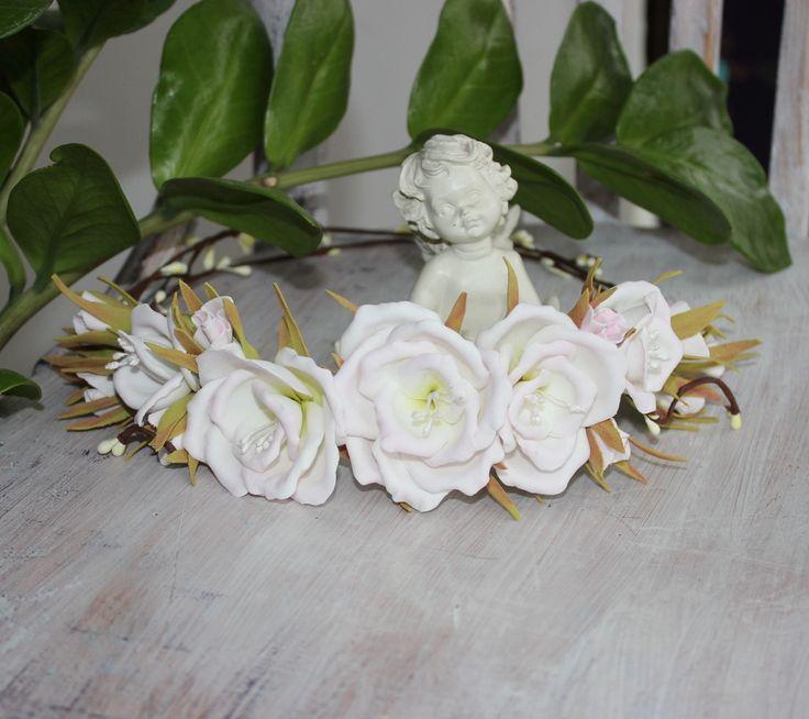 Хотите быть самой красивой подружкой невесты? Этот венок для подружки невесты я делала с огромной нежностью... Горячее предложение - принимаю заказы на веночки и бутоньерки. #Лавка_чудес #Цветы_из_фоамирана #Flowers_from_Foamiran