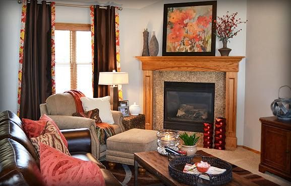 Cheerful And Colorful Coral Living Room What A Great Way To Brighten Up The Brown Leather