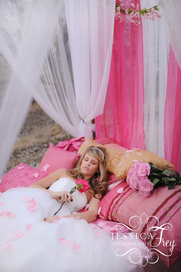 17 best Disney Wedding images on Pinterest | Centerpieces, Table ...