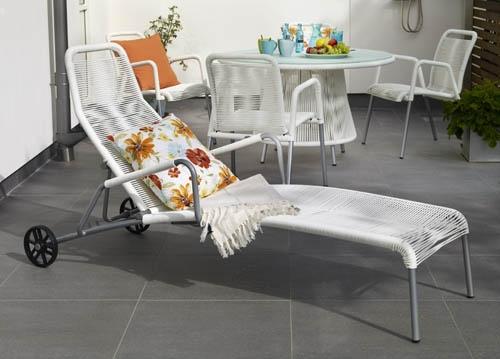"""Verona – Läckra möbler med """"Spagettiflätning"""". Finns både i svart och vitt.  Utemöbler, trädgårdsmöbler, Outdoor furniture."""