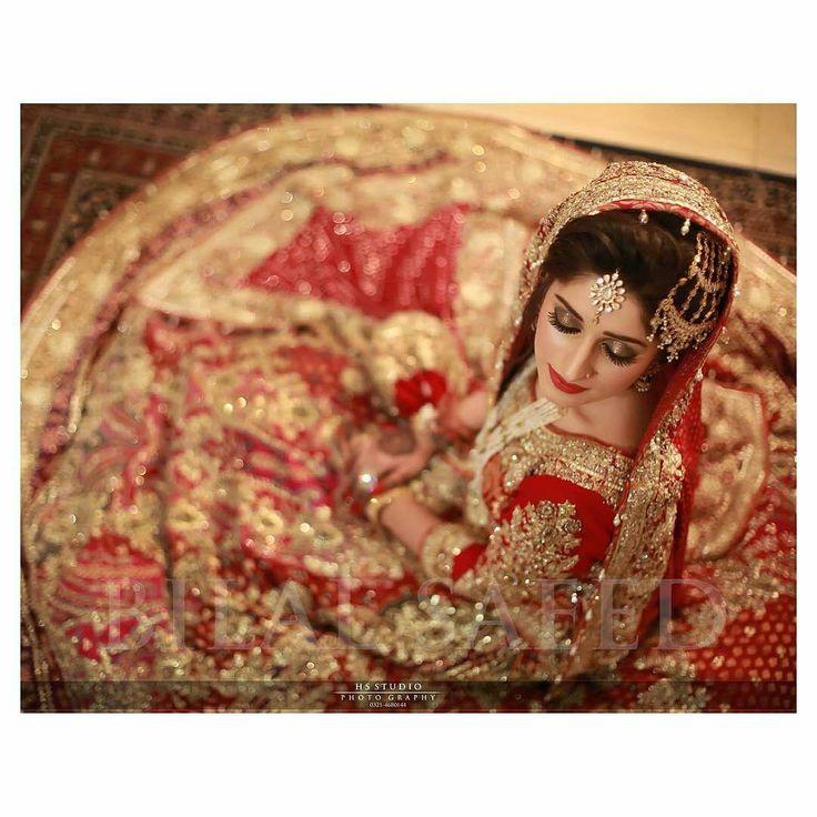 """@pakistanstreetstyle - Bride Abiha Raza looks regal in #AliXeeshan #pssweddinginspo Photographer: Bilal Saeed #Regram"""