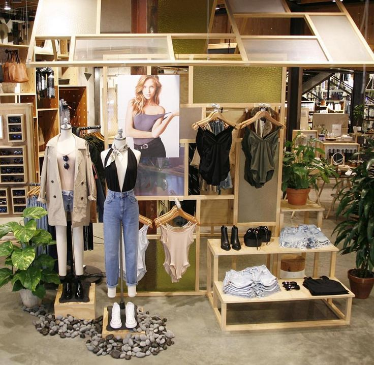 """URBAN OUTFITTERS,Los Angeles,CA, """"It's all about bodysuits and denim"""", pinned by Ton van der Veer"""