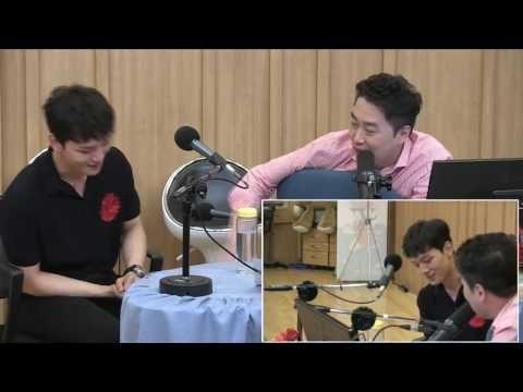 여진구 복근 공개 [SBS 두시탈출 컬투쇼] - YouTube