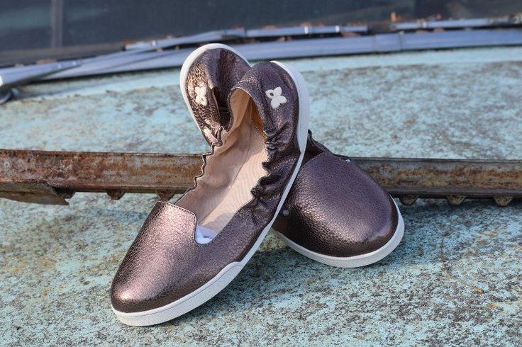 jade butterfly twist bronze shoes