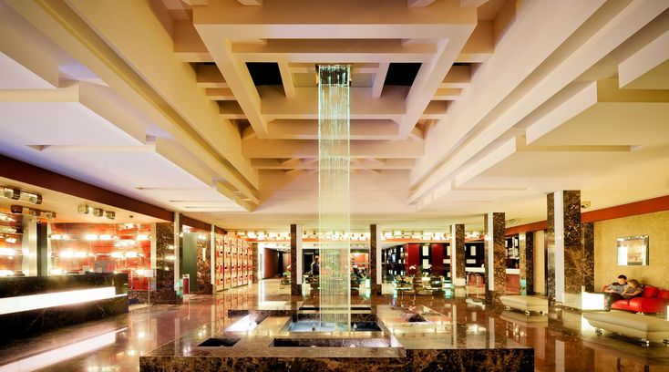Grand Majestic Plaza Hotel www.hotel-grandmajestic.cz Hotel 4* Superior