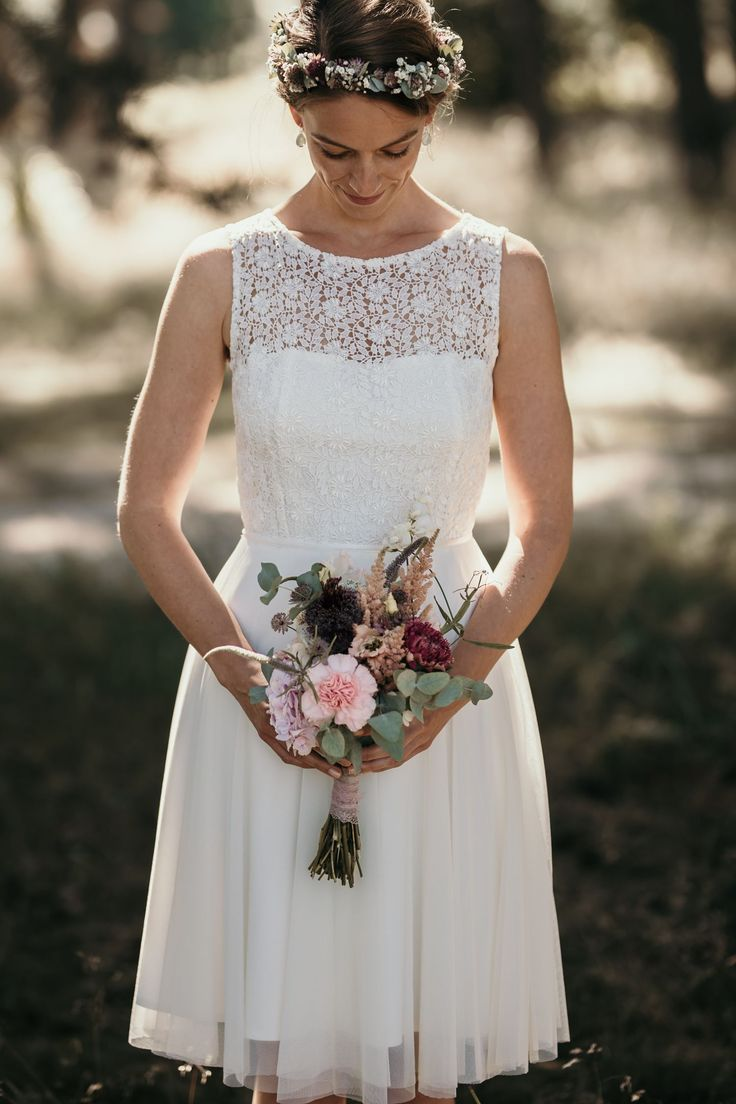The beautiful wedding dresses for the registry office 2019 To wear, to wear them only once: The civil registry collection 2019 by Claudia Heller ...