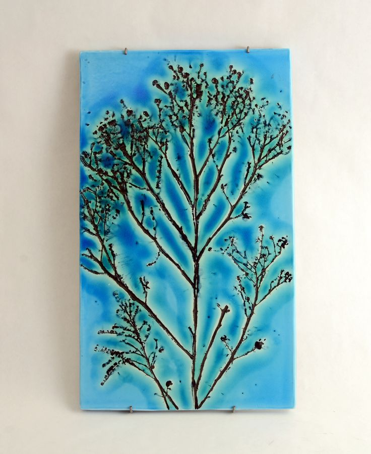 Freeforms Arabia Finnish Art Pottery. Mooie kleur en vormgeving.