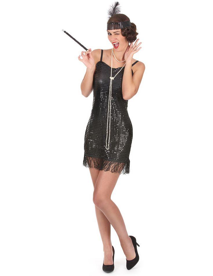 Disfraz de charlestón para mujer: Este disfraz de charlestón se compone de un vestido y una cinta para el pelo. Es un vestido corto con tirantes finos ajustables, de material ligero, con lentejuelas en la parte delantera y con...