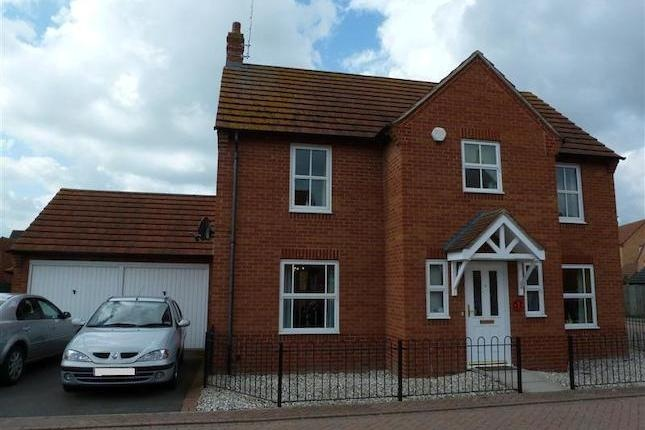 4 bedroom detached house for sale in Shrub Road, Hampton ...