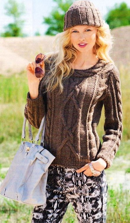 pulover-s-kosoj-po-vorotu-foto описание вязания и схемы