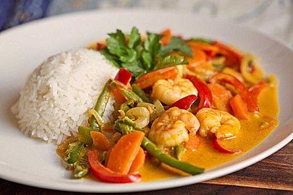Wokgemüse mit Erdnusssoße und Scampi, ein sehr leckeres Rezept aus der Kategorie Gemüse. Bewertungen: 60. Durchschnitt: Ø 4,4.