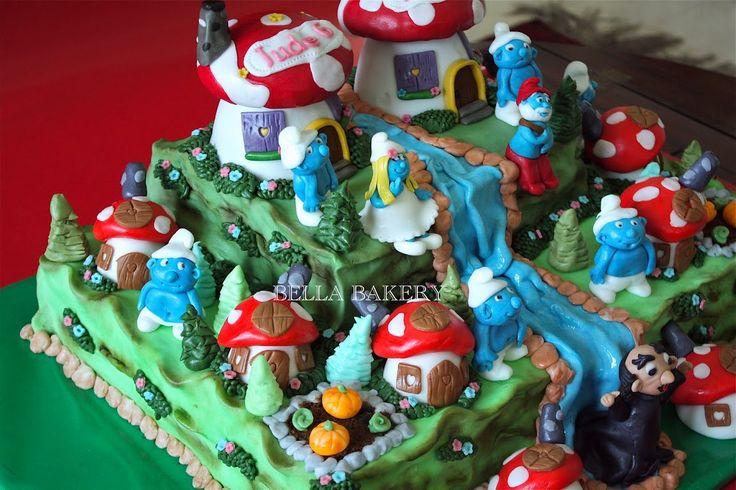 SMURF+VILLAGE+CAKE+cakepins.com