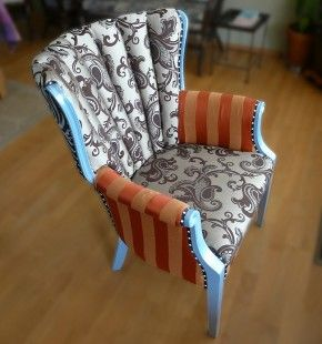 how to use a manual staple gun for upholstery