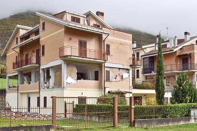 Notizie dalle aree terremotate: non cadono solo le case antiche…
