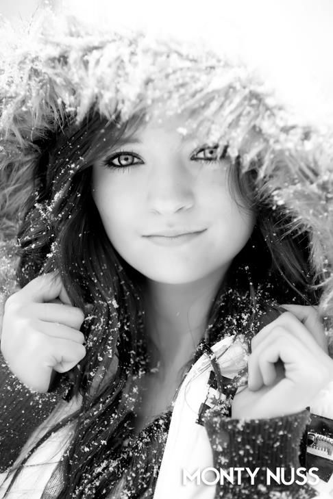Senior year pic for all your Yankees :) (Don't worry, I am one myself! :) ) Would be cool to do a shoot with snow!
