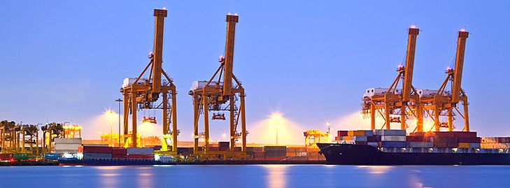 Are you looking for a reliable international shipping company NYC to make your move hassle free? If yes, Allaroundmovin.com is a name you can count on. We offer safe, insured and fast moving services as per the expectations of the clients. We offer both short and long distance moving services at affordable prices. Give us a call to gather more information.