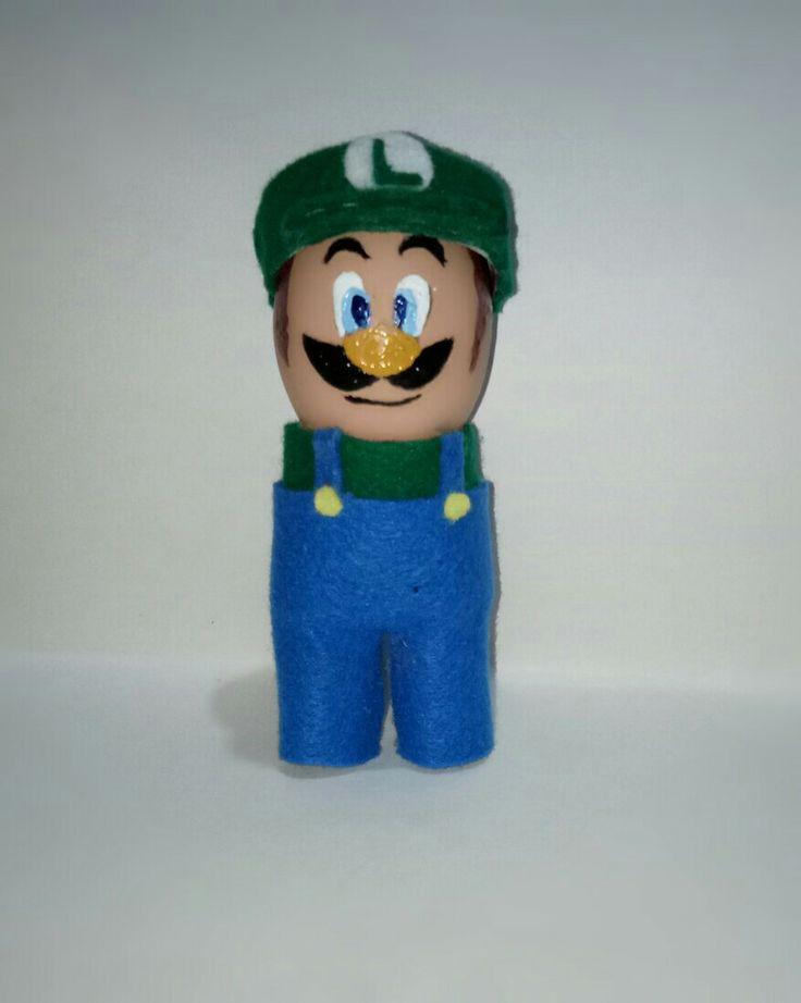 Luigi - easter egg - eggshell creations