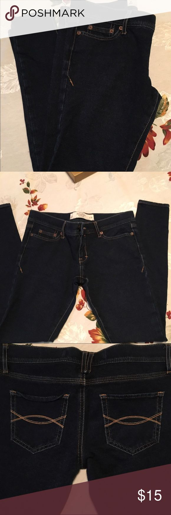 Abercrombie and Fitch Jeggins Abercrombie and Fitch jeggins. Very soft and perfect stretch. Looks amazing and can be worn with boots. Abercrombie & Fitch Jeans Skinny