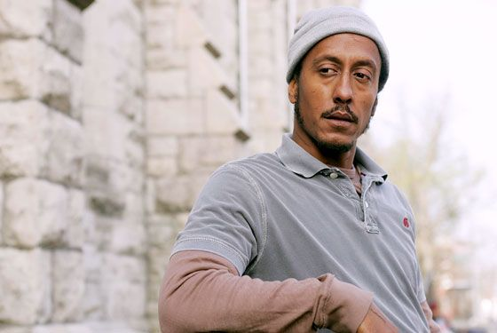 Andre Royo from The Wire  Google Image Result for http://3.bp.blogspot.com/_viQqkXublwg/TJeyODkVffI/AAAAAAAAAQA/eVeECzvLY4w/s1600/03_royo_lg.jpg