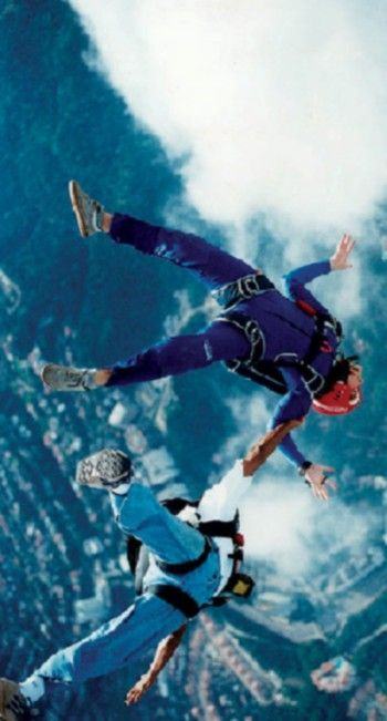 skydiving!!! a goal that I must accomplish before graduating college !
