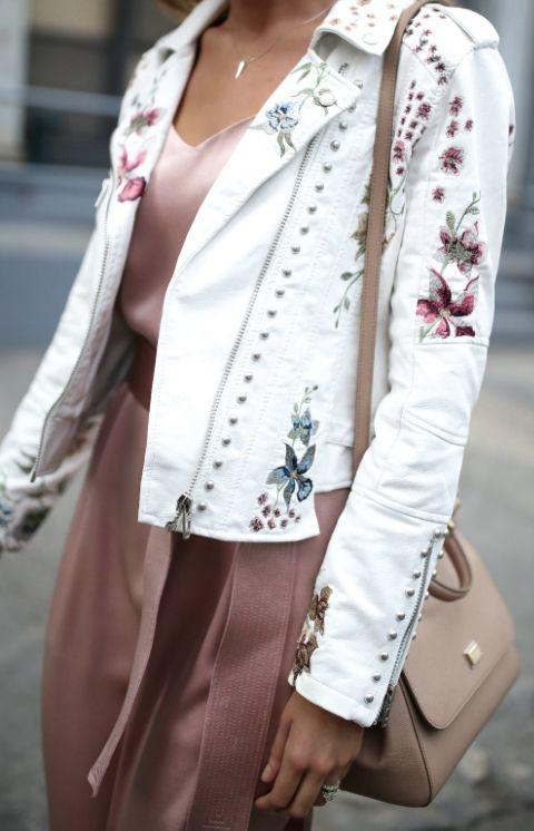 Floral embroidered jakcet