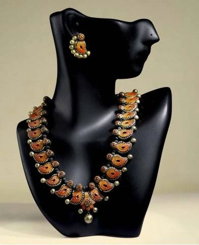 Elegantly Designed Terracotta Necklace and Ear Rings Set