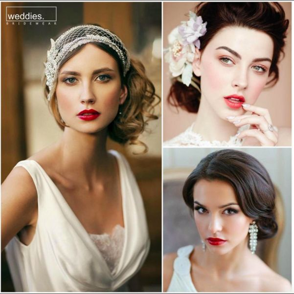 Bu senenin gelin makyajı trendi; ışıltılı bir ten, sade ama parlak göz makyajı yanında kırmızı tonlarında hafif rujlar. 💖  This year's bridal make-up trend is a shiny skin, plain but bright eye makeup, and lipstick of red shades. 💖