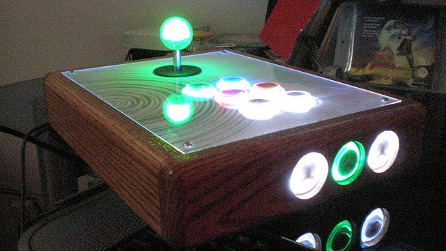 """Xbox 360 themed Arcade Stick with both led lit buttons and joystick balltop. Seimitsu """"Skeleton buttons"""", Sanwa Joystick with Seimitsu """"Bubble top"""". Handmade Oak box.     Click on pic now Tips on getting a 95% discount. https://www.quibids.com/en/landing/index.php?c=us=ile=10564=917"""