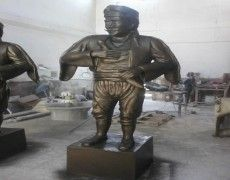 SeymeN Statue