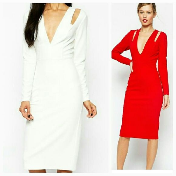 White Asos Midi Dress - REDUCED! Textured Crepe Super Plunge Midi Dress - Ivory  Fully lined Long sleeve, plunging v-neck Worn once Flawless                 Thank you for shopping with me                   Check out my other listings                                Stay posh  Asos dress, midi dress, bodycon dress, wiggle dress, slit sleeve ASOS Dresses Midi