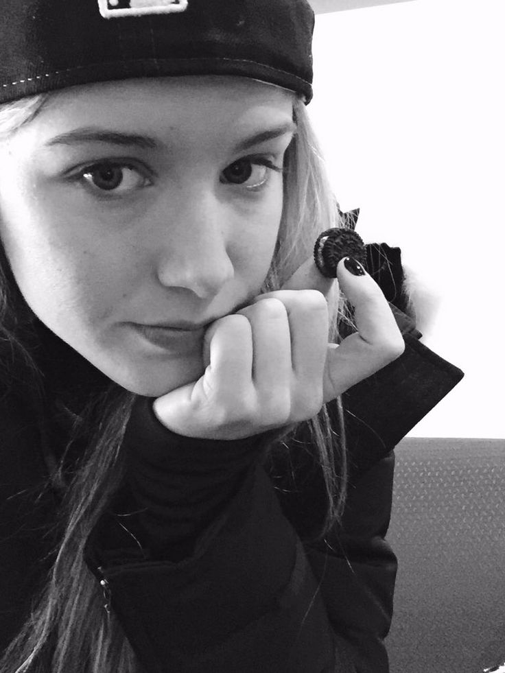 """Genie Bouchard: """"Treating myself while waiting for the doc, wish me luck"""" - Oct. 2015"""
