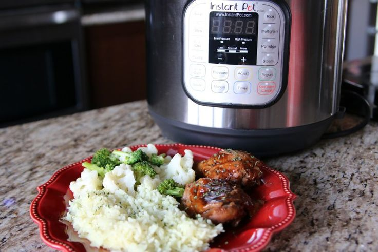 A quick and easy meal, this Instant Pot honey garlic chicken can be made from fresh or frozen chicken thighs and drumsticks!