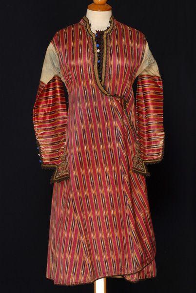 Greece, Macedonia, Imathia, kavadi or kavat, dress, cotton, silk, beginning of 20th century, front. Καβάδι Επισκοπής