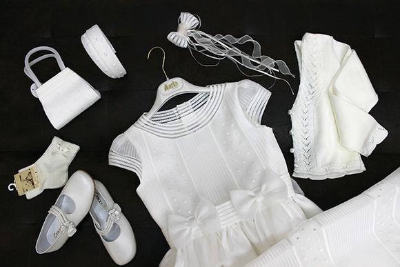 Vestido de comunion con zapatos, calcetines, limosnera, diadema, prendedor y chaqueta a juego :)