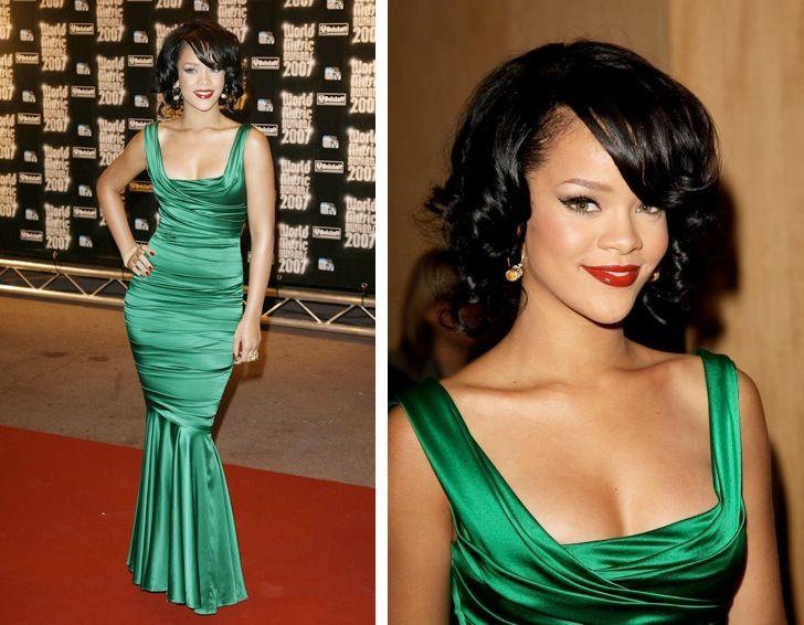 Vestito nero scarpe verdi champagne