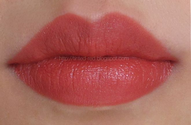 Review: Revlon Super Lustrous Lipstick in Rosewine | Tinted Red