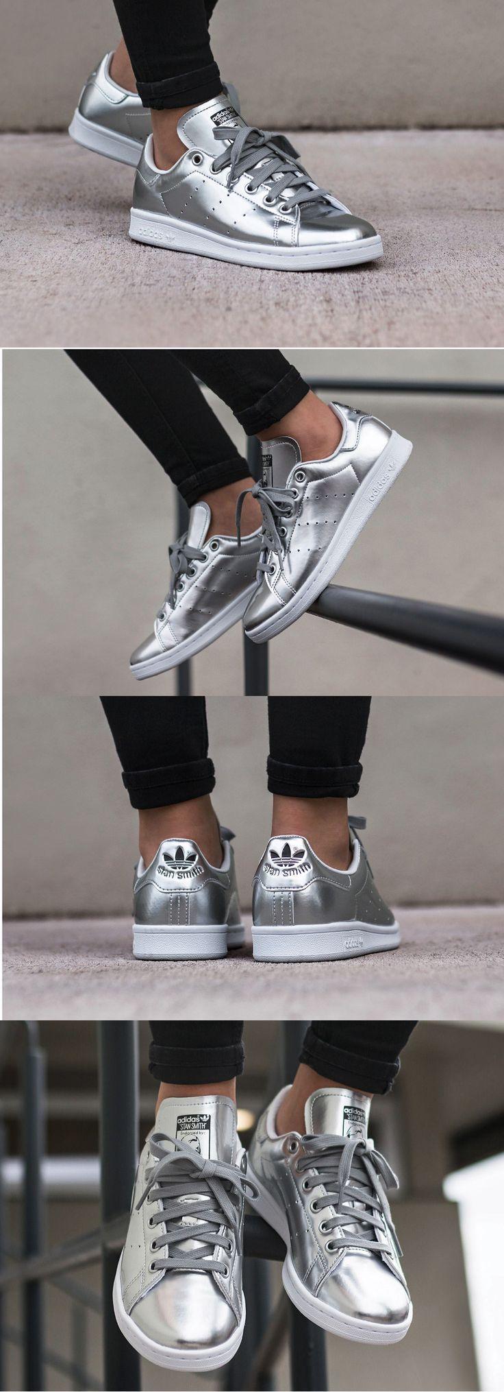 adidas'ın efsane modeli Stan Smith'in metalik gri rengi ile şehre ayak uydur.  Link Profilde  Ürün Kodu : #CG3679 Numara Aralığı : 40/45 WhatsAppSipariş  0554 491 30 40  #adidas #adidasoriginals #stansmith #shoes #sneakers #adidasstansmith #sporayakkabı #ayakkabı #stansmithp #stansmiths #stansmithadidas #adidasstansmithp