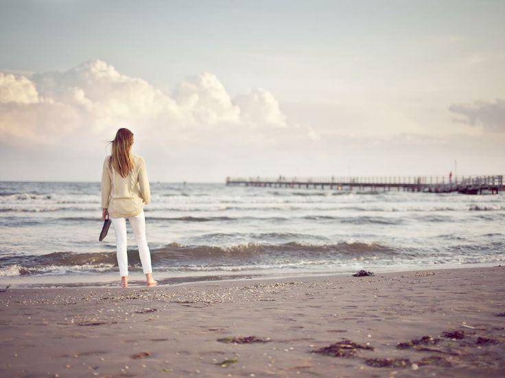 Med exotiska och sköna dagar på stranden om sommaren kommer du bort från bilar och andra stadsljud, och upplev och njut istället av en naturnära miljö tätt på havet. http://spason.se/spa/2040/falkenberg-strandbad