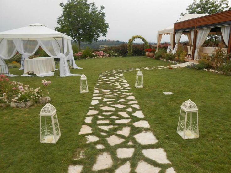 Wedding in Tuscany, romantic wedding in romantic restaurant Taverna di Bibbiano between Siena and San Gimignano. Romantic Wedding in Tuscany