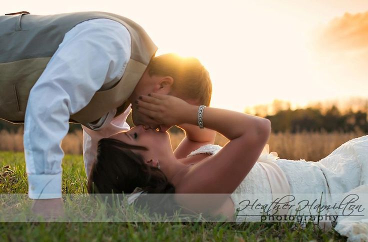 Wedding pic idea ** special meaning - We LoVe Upside Down Kisses! Too sweet!!