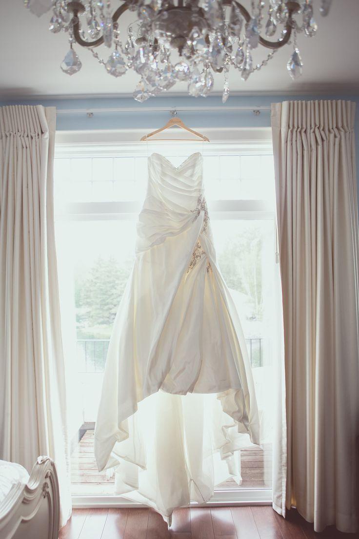 Wedding dress - photo by New Vintage Media
