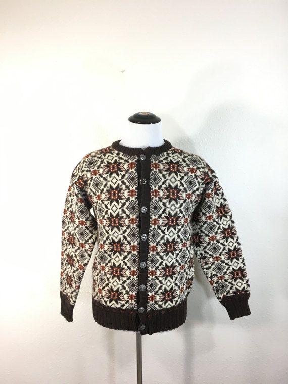 1970's vintage norwagian 100% wool sweater cardigan snow