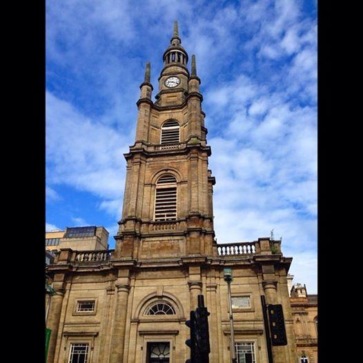 Taking advantage of the gorgeous weather in #Glasgow. #scotland