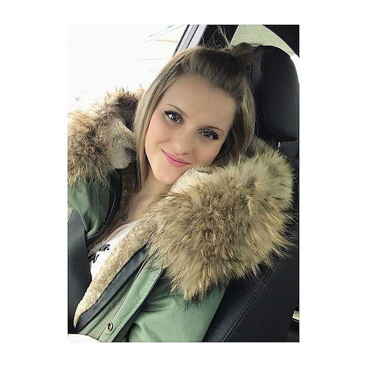 @Regrann from @stefanie_sutton -  auf nach augsburg 🔝  #me #metoday #potd #pictureoftheday #wiwt #whatiworetoday #ootd #outfitoftheday #ootdmagazine #furparka #fur #louisvuitton #valentinobag #valentinoglamlock #instadaily #instaaddict #instablogger #fashionblogger #fashionblogger_de #fashionblogger_muc #germanblogger #blogger #blogger_de #lifestyleblogger #prettylittleiiinspo #kissinfashion #bestoftheday #lovemylife #inspiration