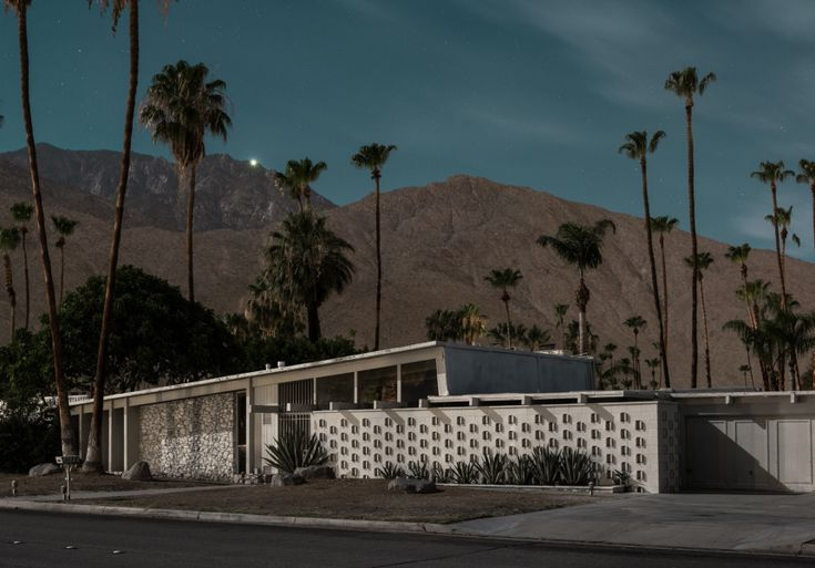 72 best mid century homes images on pinterest mid for Mid century modern furniture palm springs