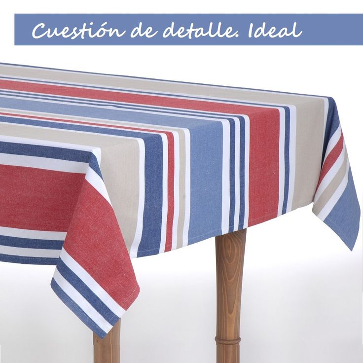 Mantel clásico rojo, azul y blanco de El Hogar Ideal.