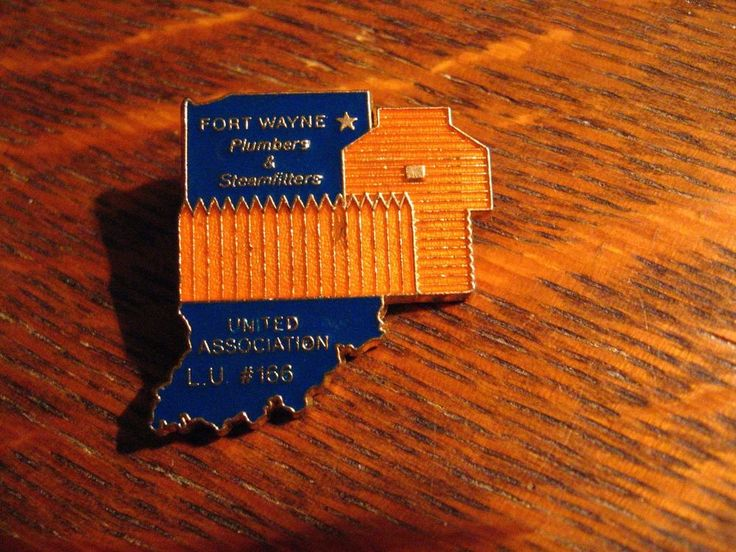 Plumbers & Steamfitters Lapel Pin - Vintage Fort Wayne Indiana Local Union USA